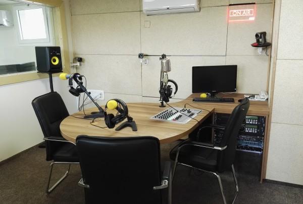 אגודת העיתונאים – אולפן רדיו TV